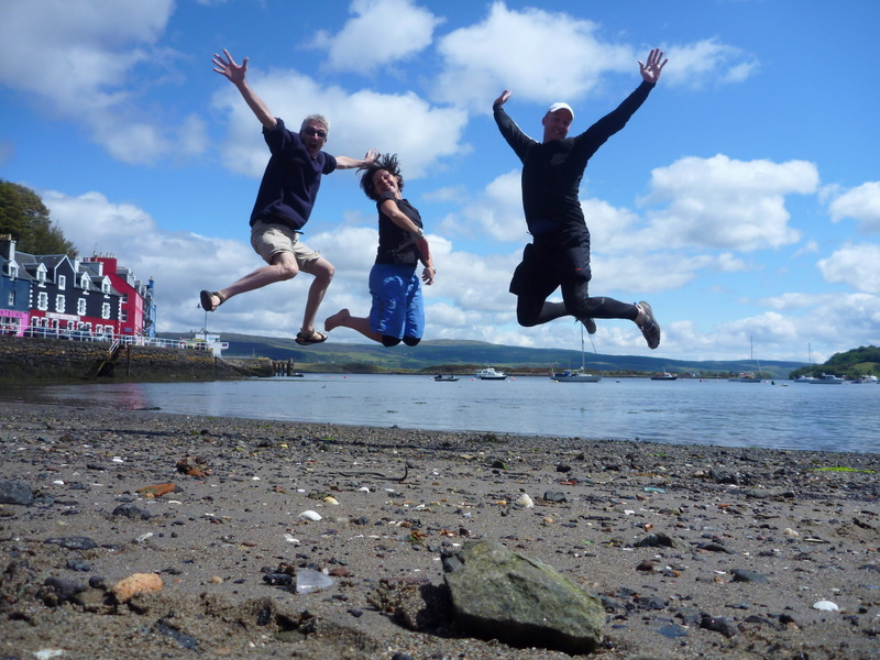 Chelsea Kayak Club jumps around Scotland